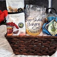 Ice Cream Gift Basket Cookies And Ice Cream By Boo Shaw Bakery Personalized Gourmet Gifts