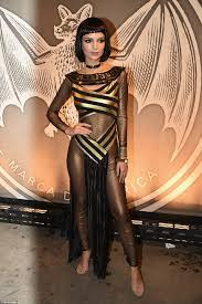 cleopatra halloween costume the best celebrity halloween costumes of 2016 daily mail online