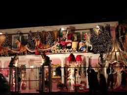 Outdoor Christmas Decorations In Australia by Meet The Bronx Family With The Most Elaborate Christmas