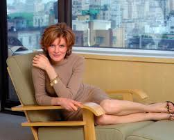 haircuts for women over 40 to look younger 39 rejuvenating hairstyles for women over 40 for 2013