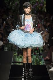 moschino spring 2018 rtw collection high fashion living