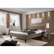 schlafzimmer tapeten gestalten schlafzimmer gestalten braun beige kogbox