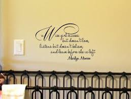 Wise Decor by Amazon Com A Wise Kisses But Doesn U0027t Love Listens But Doesn