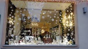 Best Christmas Store Window Decorations by Xmas Shop Window With Snow Store Window Display Ideas