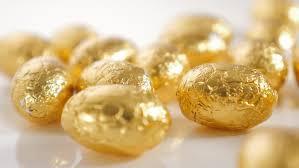 gold easter egg easter concept 4k animation of broken golden easter egg with gift