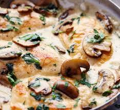 comment cuisiner des blancs de poulet des blancs de poulet dans une sauce crémeuse au parmesan et à l ail