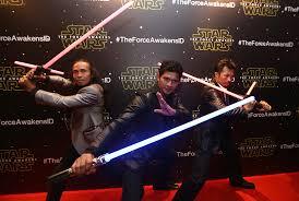 film laga yang dibintangi iko uwais star wars the force awakens diputar di 4 100 bioskop as republika
