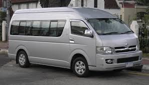 nissan caravan 2006 people mover comparison u2013 nissan caravan vs toyota hiace