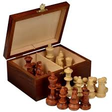 amazon com staunton no 4 tournament chess pieces w wood box by