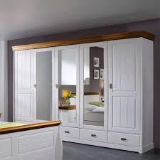 schlafzimmer landhausstil weiss landhaus schlafzimmer scots in weiß aus kiefer pharao24 de