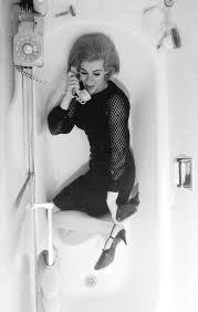 Bathtub Los Angeles Joan Rivers A Wonderful Life In Pictures Joan Rivers Bathtubs
