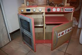 faire une cuisine pour enfant fabriquer cuisine bois enfant maison design bahbe com