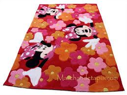 chambre enfant minnie tapis enfant minnie et fleurs 115x168cm tapis enfant disney
