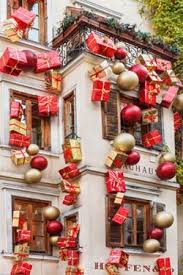 outside christmas decoration ideas outdoor christmas decoration ideas lovetoknow