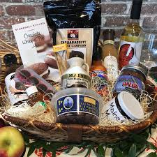 maine gift baskets taste of maine basket pineland farms inc