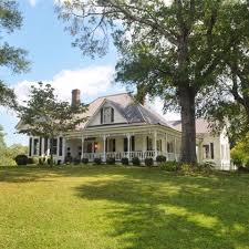 Country Houses Best 20 Country Farmhouse Exterior Ideas On Pinterest Country