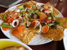 la cuisine vietnamienne ce que l on mange au les paillettes en voyage