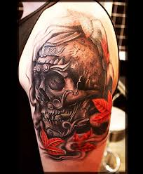 skull tattoos look so creative and crazy composition of his
