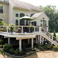 Backyard Deck Pictures by Best 25 Under Decks Ideas On Pinterest Under Deck Storage