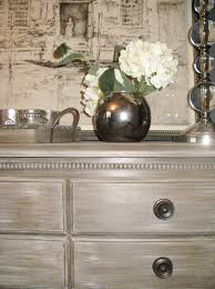 delight the eye loving annie sloan chalk paint french linen as