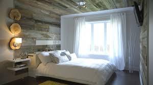 mur de chambre en bois mur design bois de grange mzaol com