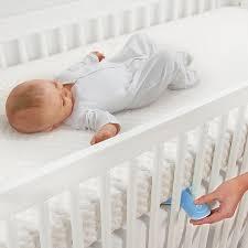 Baby Falling Off Bed Amazon Com Munchkin Lulla Vibe Vibrating Mattress Pad Baby