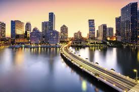 imagenes miami de noche construirán en miami hotel con minihabitaciones