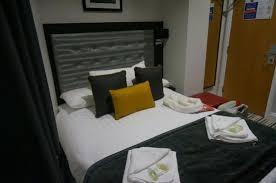 Comfort Inn St George Breakfast Area Picture Of St George U0027s Inn Victoria London