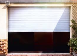 cuisine vial menuiserie porte de garage enroulable motorisee gris anthracite lames 77 x 19
