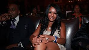 Whitney Houston Daughter Found In Bathtub Bobbi Kristina Brown Daughter Of Whitney Houston Dead Rolling