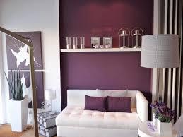 Wandfarben Ideen Wohnzimmer Lila Beautiful Moderne Wandgestaltung Wohnzimmer Lila Pictures House