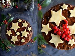 making the perfect christmas cake part 3 easy decorating ideas