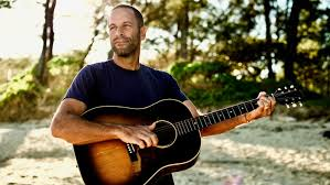 jack johnson all the light above it too review jack johnson s all the light above it too rolling stone