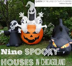 everett spirit halloween spooky houses and decor in chicagoland queen of the land of