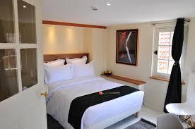 hotel dans la chambre sy hotels chambre kandinsky sy les glycines