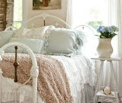 33 shabby chic bedroom decor ideas to fall in with