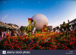 toy story 3 topiary epcot flower u0026 garden festival epcot walt