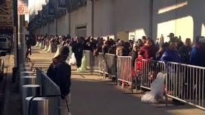 bronx residents flock to yankee stadium for free thanksgiving