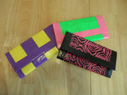 make a duct tape wallet in 5 steps tutorial creightoncreation