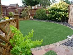 Laying Patio Slabs On Grass Artificial Grass Lawn In Circular Design Amazon Artificial Grass