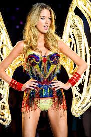 victoria s secret halloween costume victoria u0027s secret model martha hunt wears 22 pound corset at the