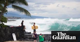 Hawaii How Do Sound Waves Travel images Hawaii 39 s daredevil surfers grab their boards to ride hurricane 39 s jpg