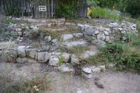 how to build a simple cheap garden retaining wall