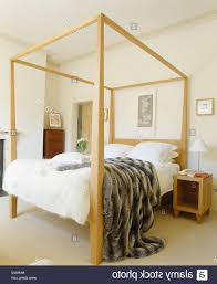 four post bed home design memphis modern four poster bed in 79 cool wegoracing
