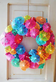How To Make A Balloon Chandelier Wreath Made From Drinks Umbrellas So Cute House U0026 U0026 Home