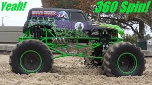 monster truck grave digger video monster jam truck grave digger 360 spin 1 8 scale remote control
