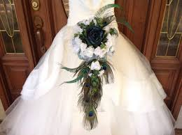 peacock wedding theme cascading peacock bouquet teal bridal bouquet teal peacock