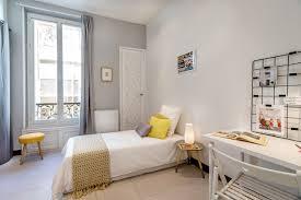 carrelage chambre enfant chambre d enfant avec un sol en carrelage de céramique photos et