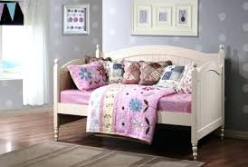 Rooms To Go Kids Beds by Entertain Teen Daybed Bedding Tags Rooms To Go Kids Daybed