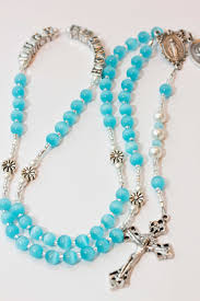 beautiful rosaries getting to and a giveaway from trendy traditions now closed